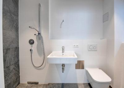 Schrimpfstr. 4 Gauting Toilette