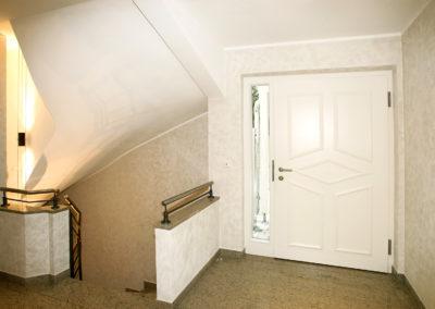Krailling, Bergstr., Treppenhaus